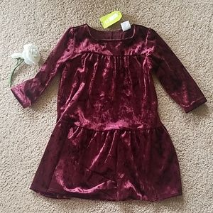 Red velvet crazy8 dress 2T NWT